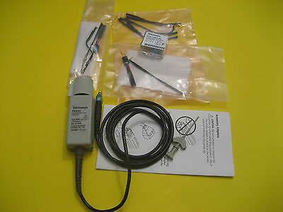 TEKTRONIX P6330 DIFFERENTIAL PROBE 3.5 GHZ with accessories