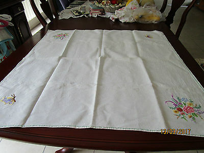 Embroidered Tablecloth Flowers In Two Corners Butterfly In Other Two