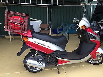 Benzo Eagle Wing Scooter