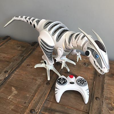 WowWee Roboraptor Large 32 Inch Dinosaur Robot with Remote Fully Working