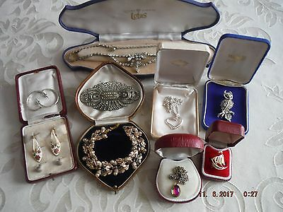 10x Vintage/Modern Mixed Jewelry Job Lot Necklaces,Brooches,Earrings,Ring,426