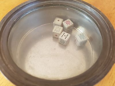 A VINTAGE PEWTER TANKARD WITH 5 REAL DICE IN GLASS BOTTOM! Made in London mark