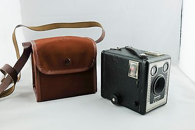 1950s  Kodak Brownie Six-20 Model C 620 Box Camera