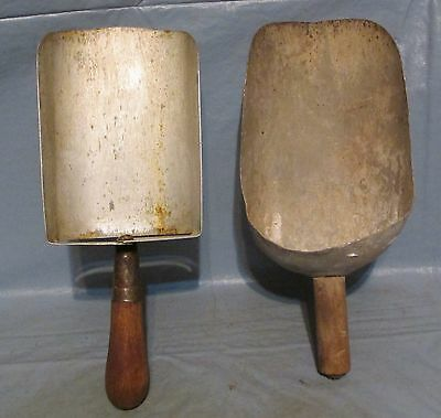 2 Vintage Aluminum Metal Grain Flour Candy Nuts Scoops Small Handcrafted Scoops