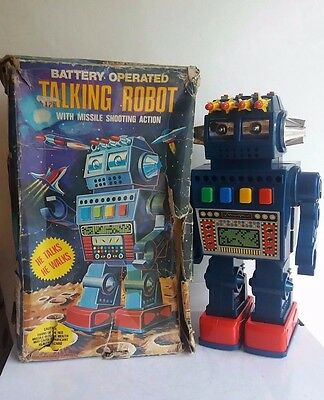 RARE battery operated Talking Space robot,  HC Hong Kong 1960s-BOXED and working