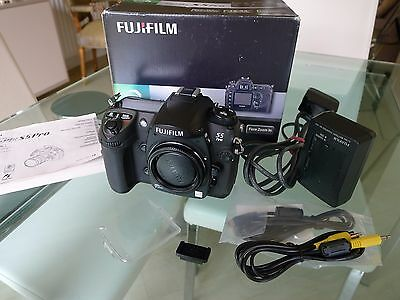 Fuji S5 Pro Digital Camera Boxed & Perfect, Only 5,100 shutter actuations