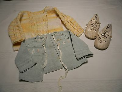 2 Vintage Handmade Baby Sweaters Light Green  Yellow Baby Deer Baby Shoes