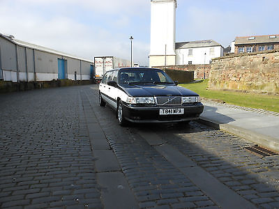 Volvo Limousine 960 Auto Six Door Eight Seater Limo
