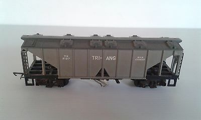 Hornby Triang R137 Triang Bulk Cement Wagon with Trigger Unloading System