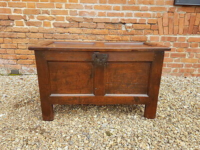 Mid 17th Century English Antique Oak Coffer of Small Proportions, circa 1650