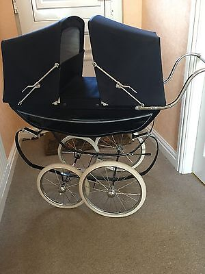 Rare Silver Cross navy twin dolls pram in beautiful condition