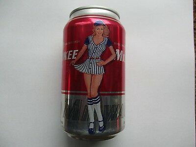 Old Milwaukee Collectible Pin Up Girl Beer cans 355 ml Set of four