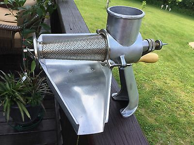 Berarducci Brothers Vintage Squeezo Model 400-TS Strainer - Canning Food Mill