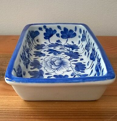 Blue and White Soap / Butter dish - Beautiful!!