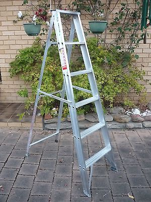 Bailey 1.8m Aluminium Step Ladder Industrial Purpose with Rated Load: 120Kg