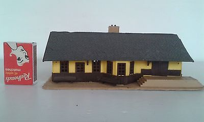 Tyco Model Railway Station