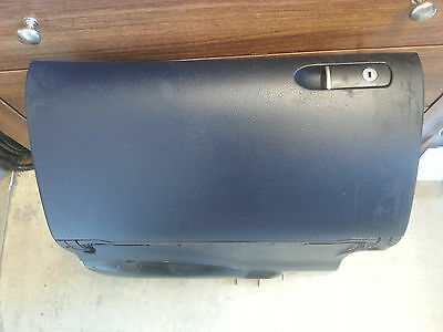 Audi A4 B6 - Genuine Glove Box In Blue - Fully Working - See All Pictures -
