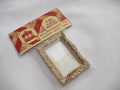 Miniature Doll House Frame 1:12 Scale Empty Picture Frame Town Square Minatures