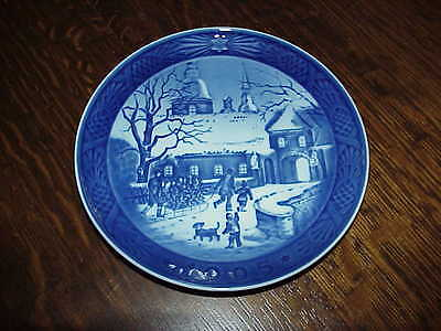 Royal Copenhagen 1995 Christmas Plate