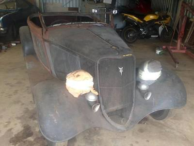 1933 Ford Roadster project.