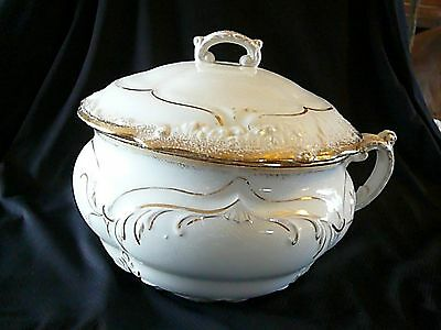 "BEAUTIFUL Vintage Chamber Pot w/Lid, Porcelain, Gold Trimmed, 11"" Wide, 8"" Tall"