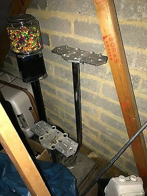 Beaver sweet vending machine 4 head stand good used condition