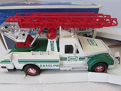 Hess Toy1994 Rescue Truck Good Condition Yellowed But Works Boxed