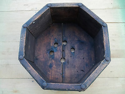 "6 1/2"" by 13 1/4"" Primitive Chippy Paint Wooden Octagon Shape Planter, Free S/H"