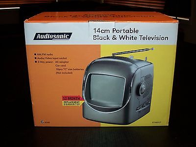 AC/DC 12 VOLT PORTABLE BLACK AND WHITE ANALOGUE TV + AM/FM RADIO 14cm BRAND NEW