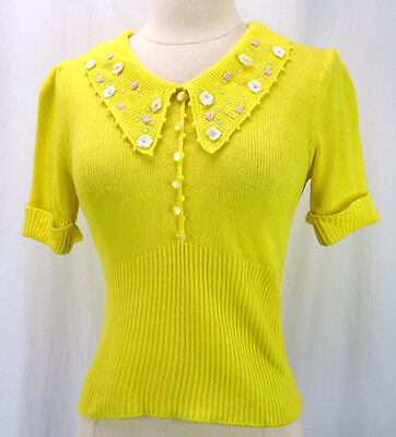 Vintage 60s Bright Yellow Acrylic Floral Pinup Sweater Puff Slv V-Neck Ribbed S