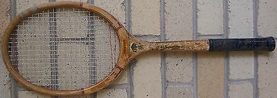 Rare VINTAGE 50s Aus Made Wooden OLIVER ARISTOC TENNIS RACQUET Gr8 Playable Cond
