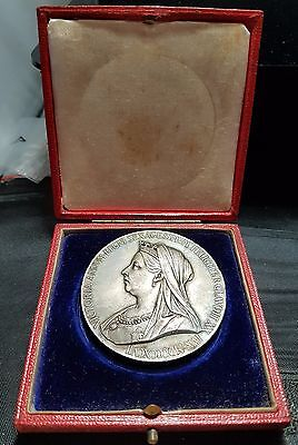 Superb Queen Victoria 1897 Diamond Jubilee Medal In Case Of Issue. 56mm Silver.