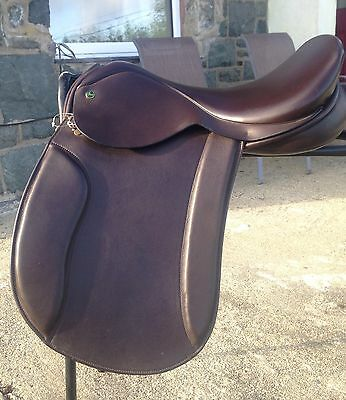 """Ideal Havana Brown English Leather 17 1/2"""" VSD Saddle WIDE fit  sq back"""