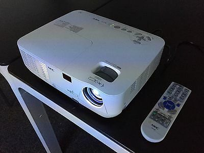 NEC NP110G Projector - 99% lamp life remaining!