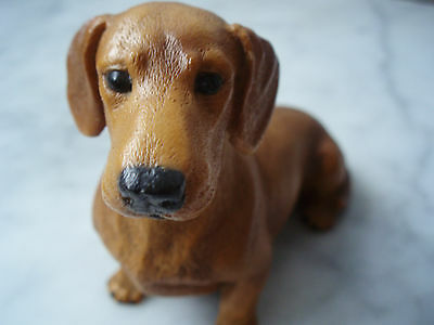 Vintage Resin DOXIE DOG FIGURINE Dachshund Ornament, CASTAGNA 1988 Made in Italy