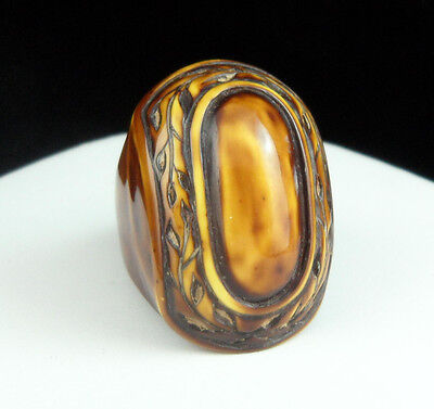 Vintage 1960's Large Chunky FUN Marbled BROWN Acrylic RING Sz 9