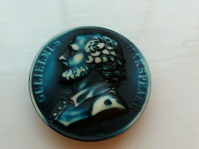 ANTIQUE SHAKESPEARE BUTTONS x 2 (1930/40'S)BUFFED CELLULOID