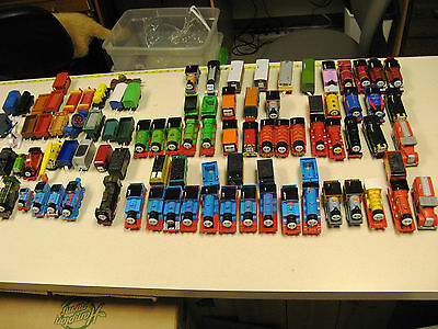 HUGE LOT Thomas Train Trackmaster 90+ Engines Tenders Cars