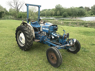2 x FORD 3000 TRACTOR'S - BARN FIND - SPARES OR REPAIRS - RESTORATION - PROJECT