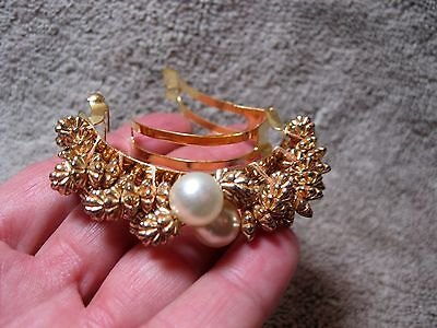 Vintage New Old Stock Ponytail Holder Gold & Pearl Never Used Or Worn