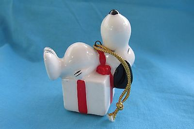 SnOOpy Peanuts Ceramic Ornament 75' Made in Japan Christmas Lying on a Present