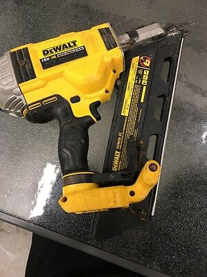Dewalt 18v-XR  BRUSHLESS / DCN690-XE CORDLESS FRAMING NAILER / SKIN ONLY
