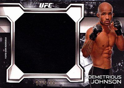 2016 Topps UFC Knockout Relic Insert: Demetrious Johnson (KR-DJ) 077/188 Jumbo