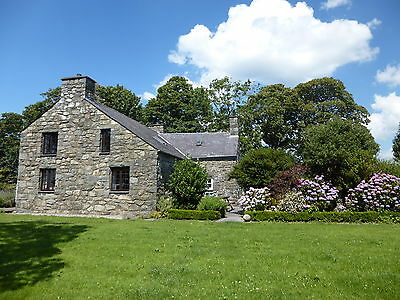 17-19 June, Weekend Break In 5-Bed Farmhouse Near Pwllheli, Criccieth &1 Pet