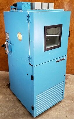 Thermotron S-4C Environmental Chamber * 2800 Digital Controller * 4 ft3 * Tested