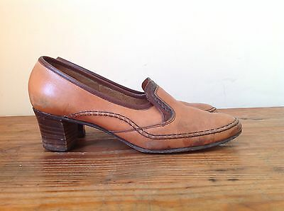 Vinage 1970's Tan Brown Loafer Heels Size 6