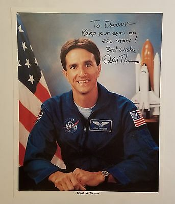 Donald A. Thomas Sts-65, Sts-70 Nasa Astronaut Signed Autographed 8X10 Photo