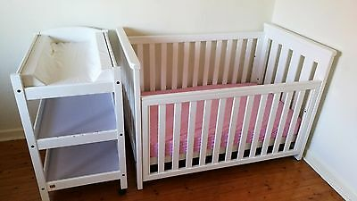 Boori Country Collection Cot/Toddler Bed and Change Table