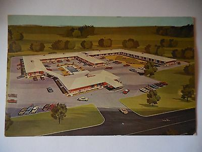 1967 Aerial View Holiday Inn in Jackson Mississippi Hwy 51 Vintage Postcard