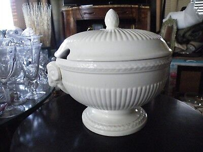 Wedgwood of Etruria and Barlaston EDME Off White Made in England Various Pieces